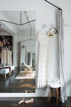 It's a bridal studio like you've never seen it before. See inside the beautifully elegant studio created by Stone Fox Bride and Homepolish, located in New York.
