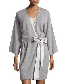 I0TBK Neiman Marcus Cashmere Collection Short Silk-Trimmed Cashmere Robe