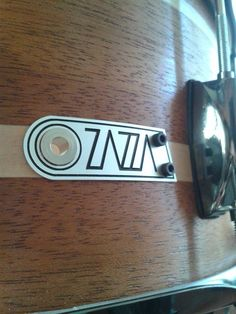 Badge in alluminio per Zazza Handcrafted Drums