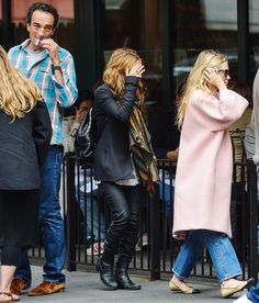 My all-time favourite looks of Mary-Kate and Ashley: Candids 2012