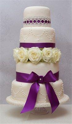 Tort de nunta pesti mov