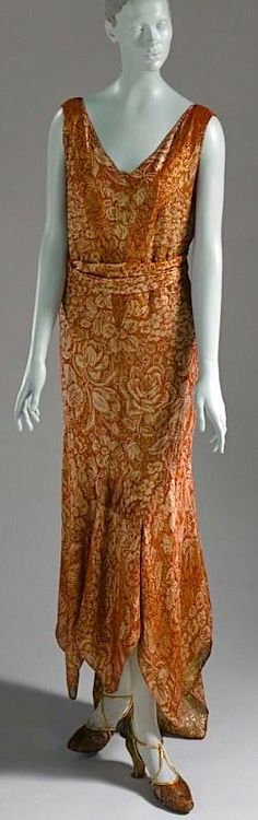 Woman's afternoon dress, Jean Patou, 1929.Love this!