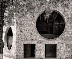Indian Institute of Management Louis Kahn , 1974 via archeyes
