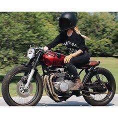 10 Reasons to date a Biker Chick Lady Biker, Biker Girl, Harley Davidson, Cb 500, Cafe Racer Girl, Cafe Racing, Moto Bike, Biker Chick, Guzzi