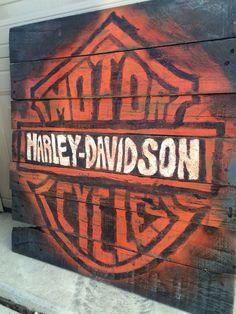 Harley Davidson Pallet Sign https://m.facebook.com/CraftyJacksMichigan/