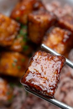 Tofu zmieniające życie » Jadłonomia · wegańskie przepisy nie tylko dla wegan Gf Recipes, Veggie Recipes, Asian Recipes, Snack Recipes, Cooking Recipes, Healthy Recipes, Ethnic Recipes, Tofu, Going Vegan