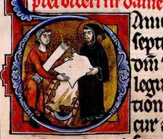 Un monaco ispeziona un foglio di pergamena che sta per acquistare da un rivenditore come rappresentato in una lettera iniziale di un manoscritto tedesco del XIII secolo. In secondo piano, si possono notare la mezzaluna ed il telaio di legno su cui è stesa la pelle di proprietà dell'artigiano