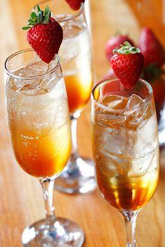 The Champagne Supernova with Amaretto & Prosecco
