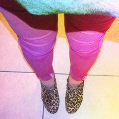 Leopard Heels, Red skinnys, Oversized grey Tee.  http://dujouriadore.blogspot.co.uk/2013/04/self-snaps.html