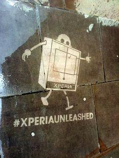 streetart reclame / cleaning