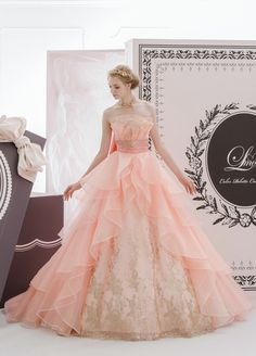Love me More Wedding Dresses  - http://www.matsuo-wedding.com/#!love-me-more/csco