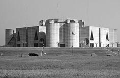 Assembléia Nacional de Bangladesh, Daka, Bangladesh, Louis Kahn, 1982