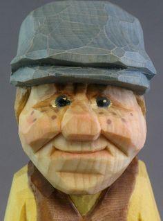 Motte ist typisch skandinavische Amerikaner... ist er ruhig, schüchtern, gut aussehende und bescheiden. Während Bescheidenheit unter den Wikingern üblich ist, wird es selten begleitet von gut aussieht. Motte ist von Hand geschnitzt aus einem Stück des nördlichen Minnesota Linde und steht 5 Zoll groß.  Ich bin stolz, Wood Carver von Etsy Team angehören.