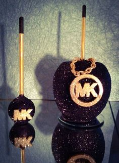 MK Glam Candy Apples black and gold Chocolate Covered Apples, Caramel Apples, Oreos, Cakepops, Manzanas Enchiladas, Colored Candy Apples, Paletas Chocolate, Gourmet Candy Apples, Apple Cake Pops