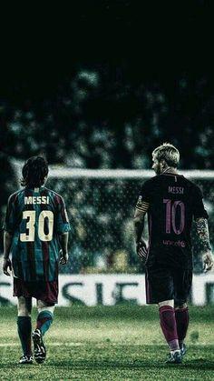 Lionel Messi kiedyś i dzisiaj w FC Barcelona Messi And Ronaldo, Messi 10, Cristiano Ronaldo, Football Icon, Football Is Life, Neymar, Cr7 Junior, Messi Soccer, Solo Soccer