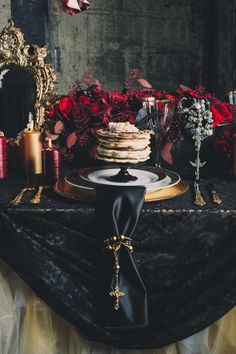 alexander-mcqueen-inspired-shoot-09 Hallow's Eve inspired table top theme (gothic)