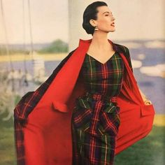 Spectacular plaid dress and matching coat, from a 1950 issue of Vogue Patterns Magazine. Re - Issue Vogue 1950s Fashion, Vintage Fashion, Vintage Vogue, Fashion Fashion, Vintage Dresses, Vintage Outfits, Tartan Fashion, Look Retro, Moda Vintage