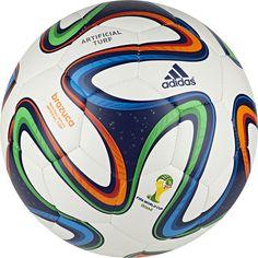 Society Gomos Bola Brazuca Replique AG Copa do Mundo da FIFA 2014™ adidas | adidas Brasil R$70