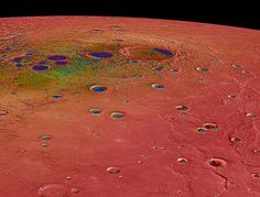 False-color map showing the maximum temperatures of the north polar region of Mercury. By NASA/Johns Hopkins University Applied Physics Laboratory/Carnegie Institution of Washington - http://photojournal.jpl.nasa.gov/jpeg/PIA19247.jpg, Public Domain, https://commons.wikimedia.org/w/index.php?curid=38971722