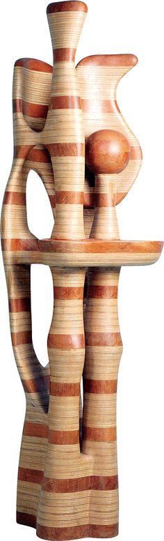 Paulo Laender - BANDEIJA COM FRUTOS II - escultura em madeira ( cedro e laminado  colados e cavilhados ) - data 2004 - dim diam 70 x 230 cms