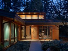modern entry by FINNE Architects