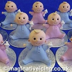 Sweet Sugar Icing Babies - handmade cake toppers Just a picture Fondant Cupcakes, Fondant Cake Toppers, Cupcake Cakes, Fondant Bow, 3d Cakes, Baby Cakes, Cupcake Toppers, Fondant Figures, Baby Shower Cupcakes