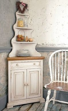 Apple Pie and Shabby Style: La credenza