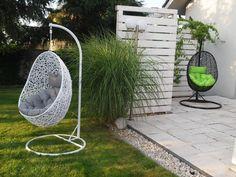 kosz-kokon wiszący fotel na stelażu huśtawka ogród