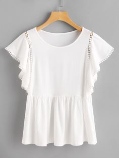 SheIn offers Dot Crochet Insert Flutter Sleeve Tee & more to fit your fashionable needs. Casual Outfits, Summer Outfits, Cute Outfits, Timeless Fashion, Love Fashion, Whimsical Fashion, Mode Inspiration, Flutter Sleeve, Dress To Impress