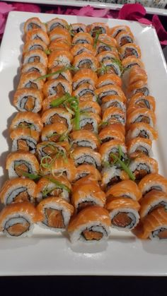 I Love Food, Good Food, Yummy Food, Sushi Recipes, Snack Recipes, Asian Recipes, Sushi Catering, Japenese Food, Exotic Food