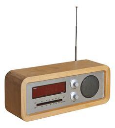 Clark radio-réveil  (www.habitat.fr)