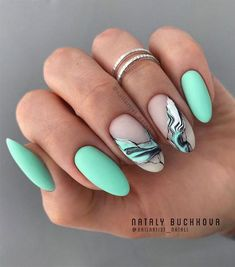 These gorgeous nail art designs are giving us all the manicure inspiration we need for our next manicure. We are obsessed with these fabulous nails from abstract, mix n match marble to ombre neon that guarantee they are not boring. Fabulous Nails, Gorgeous Nails, Love Nails, Pretty Nails, Summer Acrylic Nails, Cute Acrylic Nails, Summer Nails, Teal Nail Designs, Teen Nails
