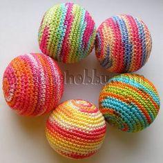Вязаные мячики