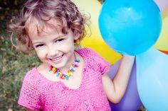 Lustige Spielidee für Kinder: Luftballon-Rennen ohne Hände - für die Kita oder für zu Hause!