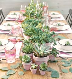 Darling summer pink and green tablescape perfect for Mother's Day or a Baby Shower! Darling summer pink and green tablescape perfect for Mother's Day or a Baby Shower! Champagne Popsicles, Table Rose, Boho Deco, Boho Chic, I Spy Diy, Succulent Centerpieces, Succulent Table Decor, Centrepieces, Champagne Centerpiece