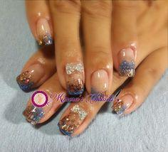 #nails #uñasbellas #uñasacrilicas #acrilycnails #uñas #diseño #kimerasnails #glitter #color #magia #naturalnails #azul #bronce #fashionnails #fashion #naturalnails #naturales #uñashermosas #uñasbellas