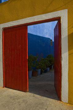 Red-Linosa-Sicily 2013 - fotografa Graziella Minardi #linosa #sicilia #sicily