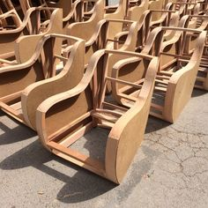 Каркас кресла из фанеры и не только - Страница 4 - Каркасы, механизмы и фурнитура - Форум мебельщиков Diy Furniture Chair, House Furniture Design, Reupholster Furniture, Diy Sofa, Diy Pallet Furniture, Upholstered Furniture, Geometric Furniture, Sofa Frame, Wooden Sofa