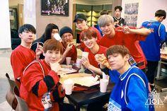 Kang Daniel Produce 101, Produce 101 Season 2, Kim Jaehwan, Ha Sungwoon, Kpop, Best Memories, Jinyoung, South Korean Boy Band, Friendship