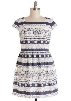 Poetry Prizewinner Dress in Plus Size   Mod Retro Vintage Dresses   ModCloth.com