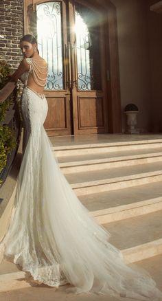 vestido-decote-atrás-noiva-santa-safira