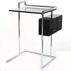 Petite Coiffeuse by Eileen Gray Ontwerp 1929