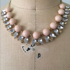 Costume Jewelry - Mini Statement necklace. Please let me know if want to see more photos. Jewelry Mint Jewelry Necklaces