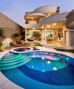 Collections of: looks like Barbie house 😍 - We Heart It Villa, Luxury Homes Dream Houses, Décor Boho, Dream House Exterior, Luxury Interior Design, House Goals, Luxury Apartments, Luxury Living, Like4like