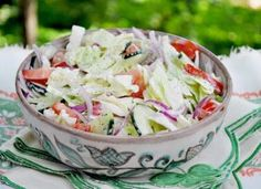 Bren shares are recipe for a fresh cabbage salad as part of her healthy salad series for summer eating. Share it. Diet Recipes, Cooking Recipes, Healthy Recipes, Healthy Meals, Cabbage Salad Recipes, Mind Diet, Meals For The Week, Food And Drink, Healthy Eating