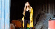 Ζακέτες πλεκτές: πώς μπορείς να τις συνδυάζεις με κάθε outfit - Miss Pinky Duster Coat, Blog, Jackets, Fashion, Down Jackets, Moda, Fashion Styles, Blogging, Fashion Illustrations