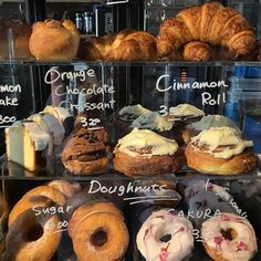 Image about donuts in Yummy food/Recipes/Lunch ideas by Νείλος Good Food, Yummy Food, Bakery Cafe, Food Goals, Cafe Food, Aesthetic Food, Food Pictures, Food Inspiration, Croissant