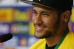 http://www.football.fr/coupe-du-monde-2014/articles/neymar-j-aurais-pu-terminer-en-fauteuil-roulant-591084/