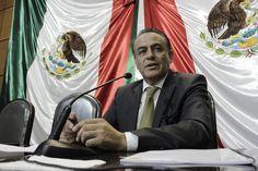 A cerrar filas a través de los distintos Congresos Locales del país, para demandar y lograr la liberación de José Manuel Mireles convocó el coordinador del sol azteca en el ...