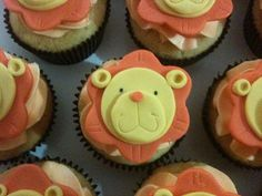 These are cupcakes for friend's little kid. The theme of the party is animal safari. Cupcakes are vanilla with buttercream Inspired by a cakespace-Beth design. Lion Cupcakes, Vanilla, Party, Desserts, Photos, Food, Lion, Tailgate Desserts, Deserts